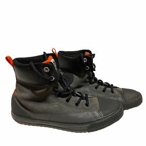 Converse boots 6Y or Women's 8